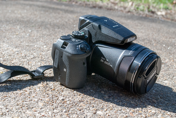 Nikon Coolpix p900 is a Super Zoom Bridge Camera